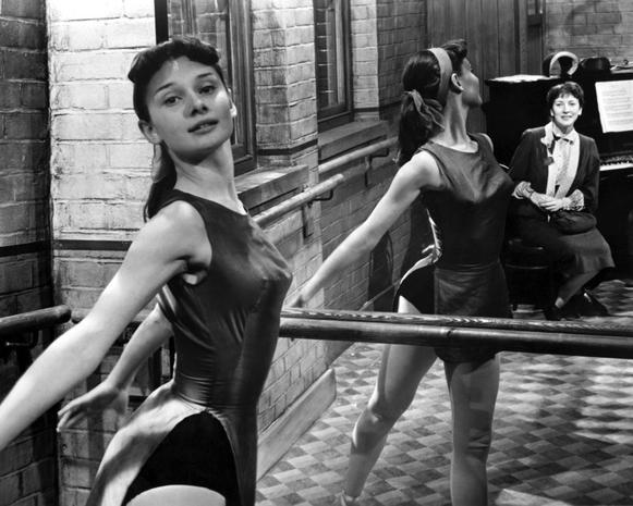 Audrey-Hepburn-e-il-suo-stile-perfetto_image_ini_620x465_downonly (3)