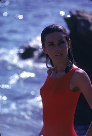 Audrey-Hepburn-e-il-suo-stile-perfetto_image_ini_620x465_downonly (5)