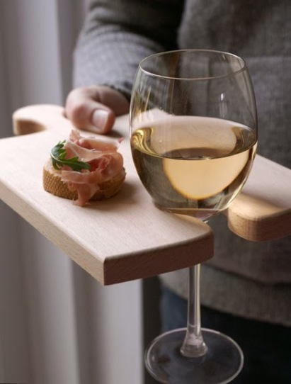 puzzle-board-entertaining-cutting-board